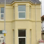 TERRACED PLYMOUTH HOUSE WITH BRAND NEW PAINT