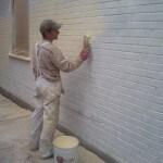 slushing priming a wall before wall coating