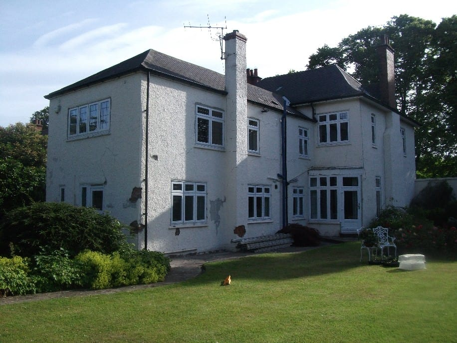 Arts and crafts house in Wales in need of painting
