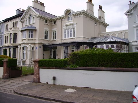Exterior wall coatings painting listed building titanic owners house front
