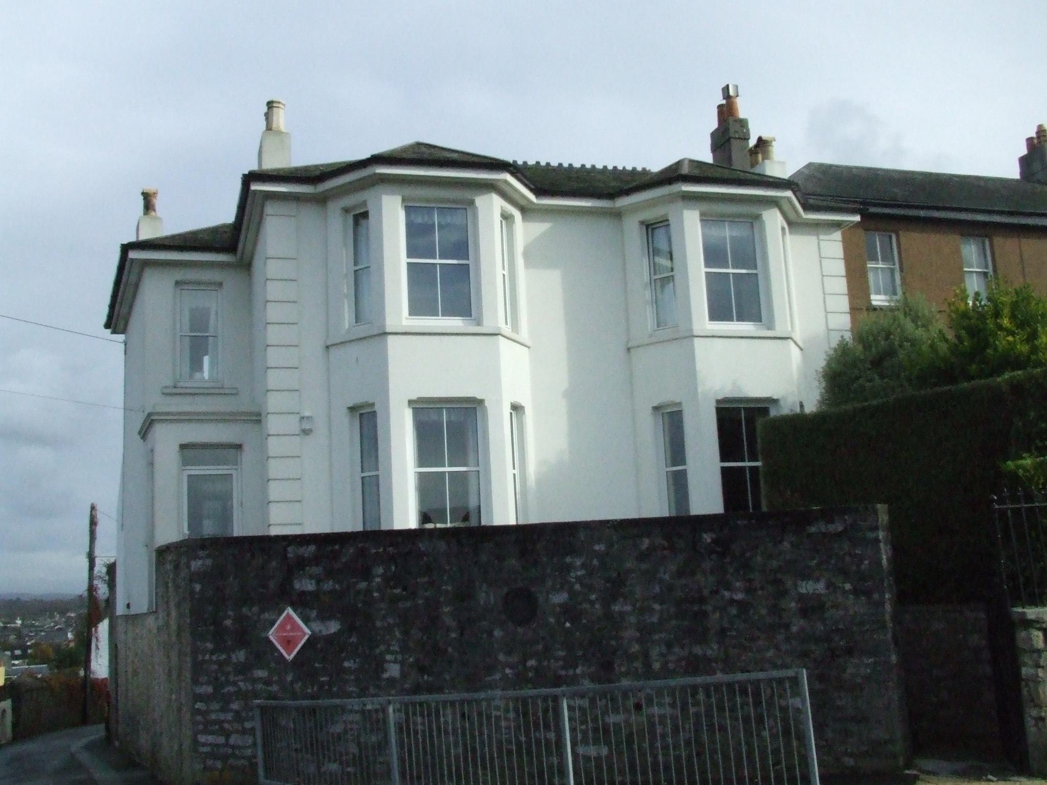Wall coatings on house mount batten turnchapel plymouth