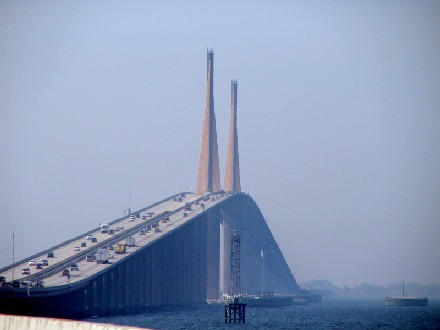 sunshine skyway bridge tampa florida