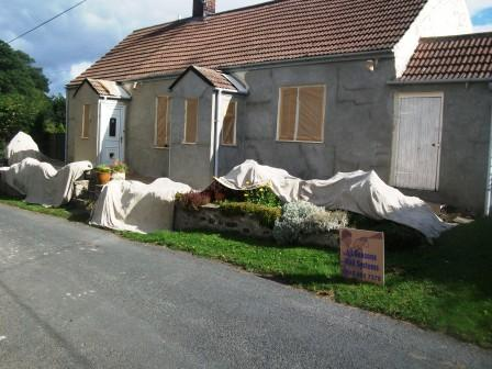 Welsh house repaired with bagging cement slurry primer