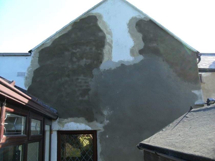 How to repair cracked loose or hollow render never paint again uk rear now with repaired rendering solutioingenieria Images