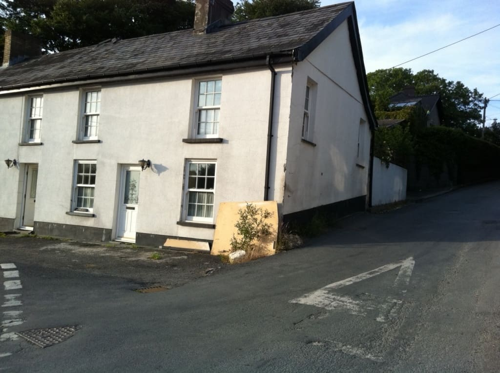 The house in lampeter Wales was next to a busy junction