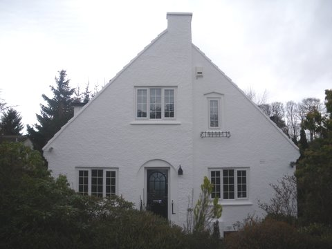 front of Scottish house after wall coatings in scotland