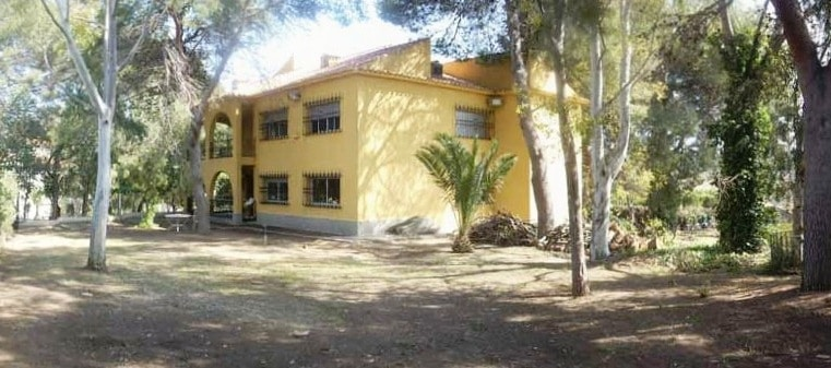 large house for sale valencia