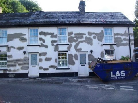 We can repair any home with defects such as cracks, damp or hollow render