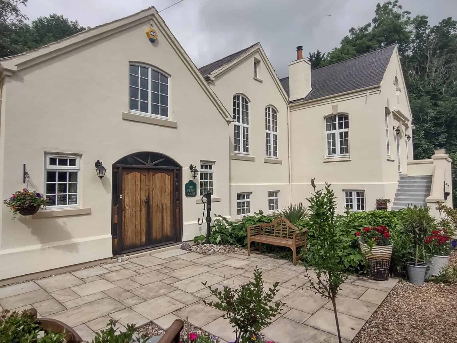 Northamptonshire house with never paint again exterior wall coatings