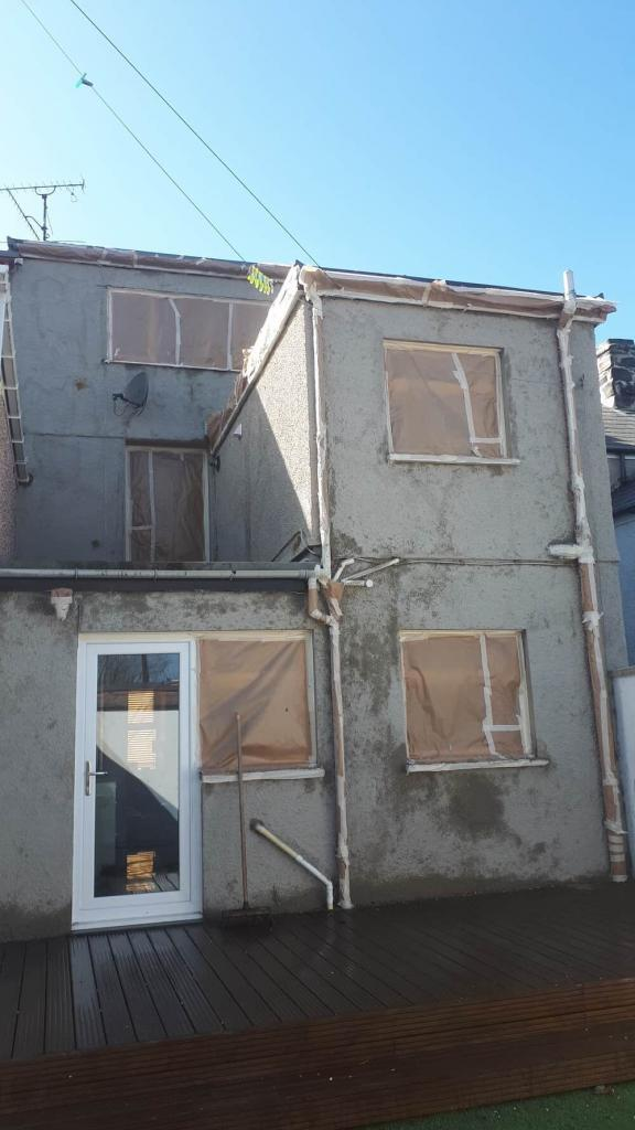 Porthmadog rear of house during repairs