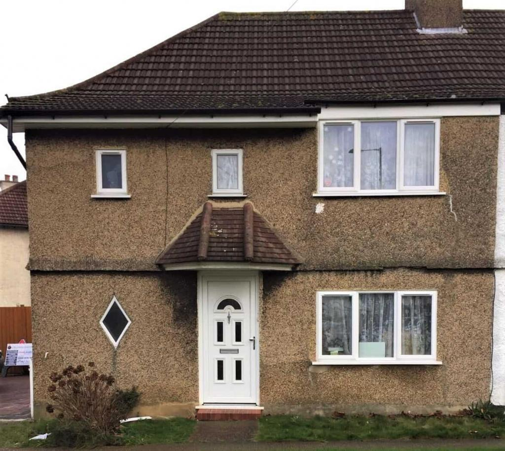 Wall Coatings For Ugly Pebbledash An Example In Croydon Never Paint Again